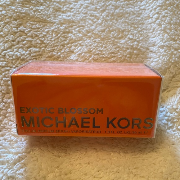 Michael Kors Exotic Blossom